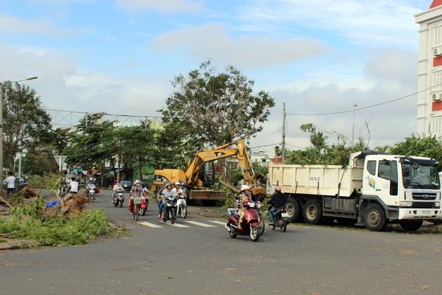 Hiện tỉnh Phú Yên đang khẩn trương phát dọn sau bão