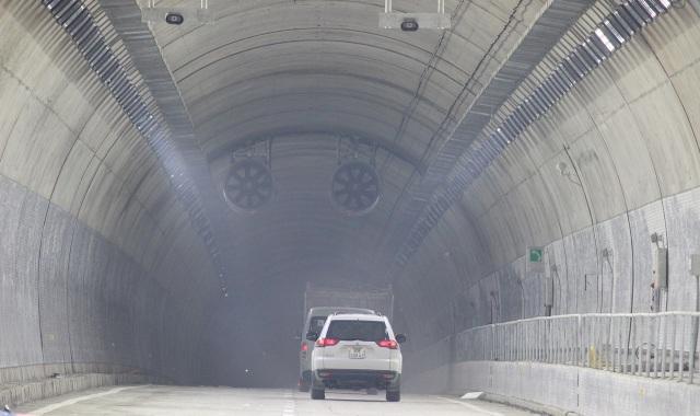 Tình huống giả định diễn tập hầm đã thông xe và xảy ra tai nạn cháy nổ trong hầm