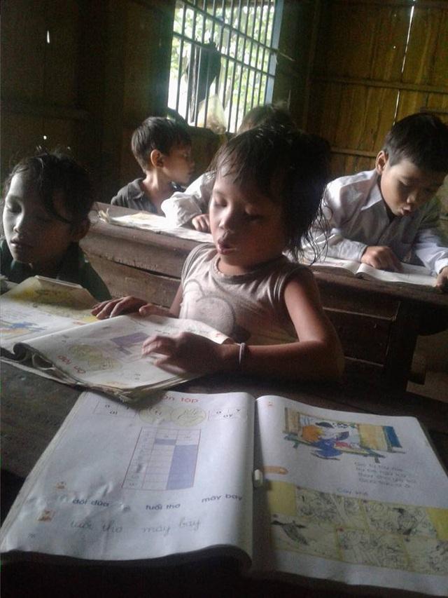 Mặc dù hoàn cảnh ở các trường miền núi còn khó khăn nhưng các giáo viên vẫn cố gắng với sự nghiệp trồng người (ảnh minh họa)