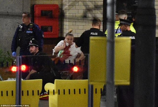 Cảnh sát xác nhận ít nhất 19 người thiệt mạng và khoảng 50 người bị thương. (Ảnh: Dailymail)