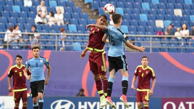 U20 Venezuela gỡ hòa 1-1 ở phút cuối cùng hiệp đấu chính thức