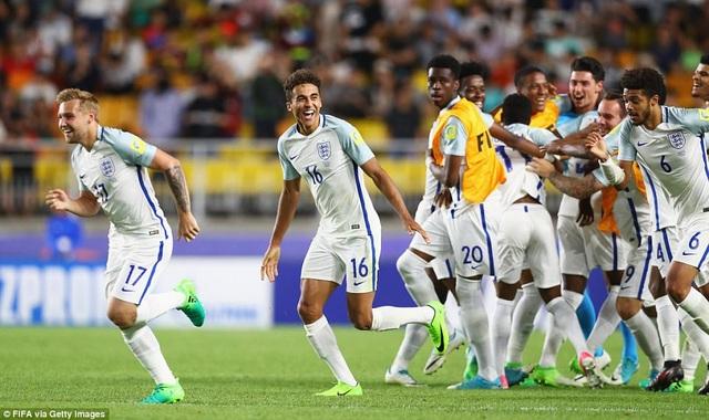 Niềm vui vỡ òa của các cầu thủ Anh