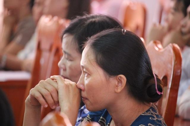 Nhiều thầy cô giáo phải rời bục giảng sau nhiều năm cống hiến.