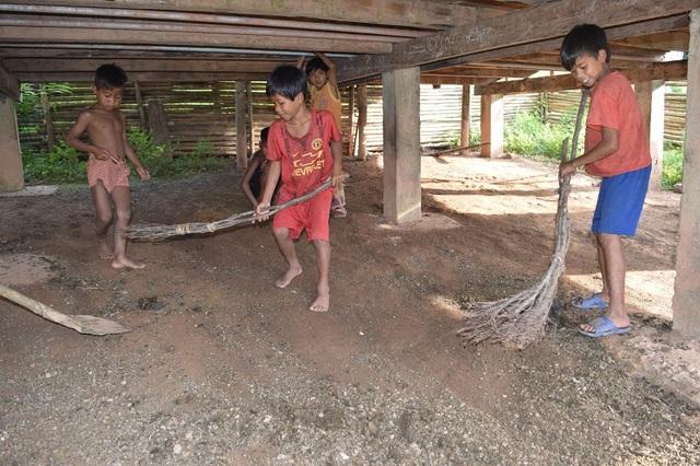 Học sinh bản Troi, xã Thượng Trạch, huyện Bố Trạch, Quảng Bình