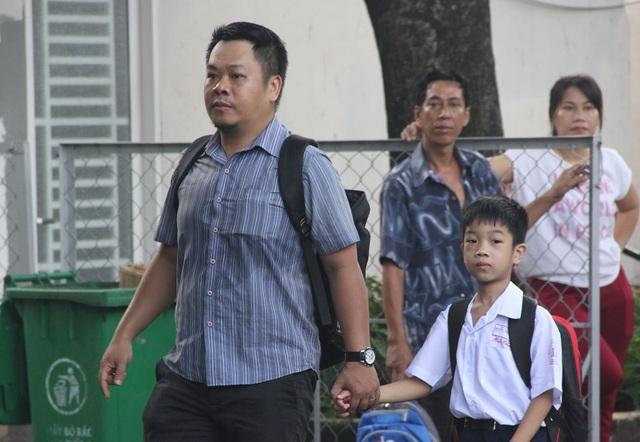 TPHCM: 1,5 triệu học sinh tựu trường - 4