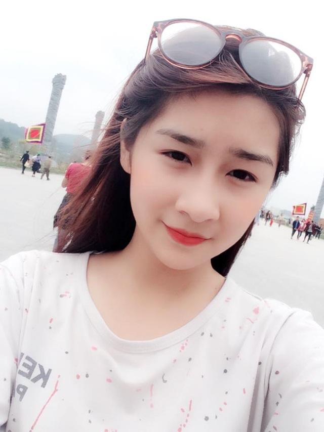 """Nữ sinh Lào Cai khốn khổ vì bị nhầm là """"hot girl ảnh bìa"""" sách giáo khoa - 9"""
