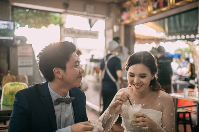 """Hài hước bộ ảnh cưới """"mê ẩm thực"""" của cặp đôi Thái Lan - 12"""