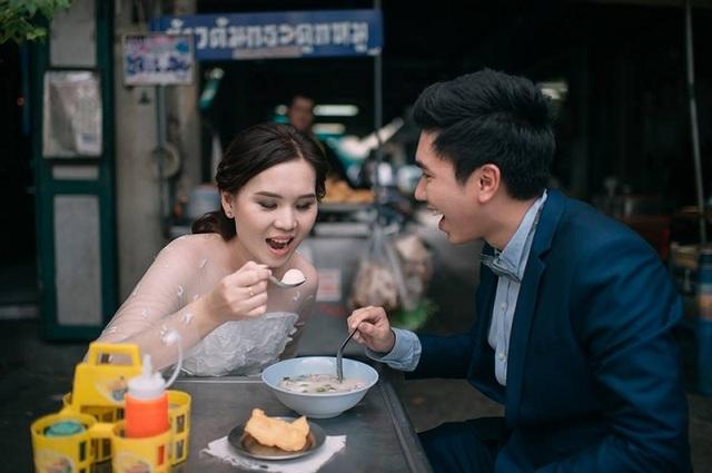 """Hài hước bộ ảnh cưới """"mê ẩm thực"""" của cặp đôi Thái Lan - 14"""