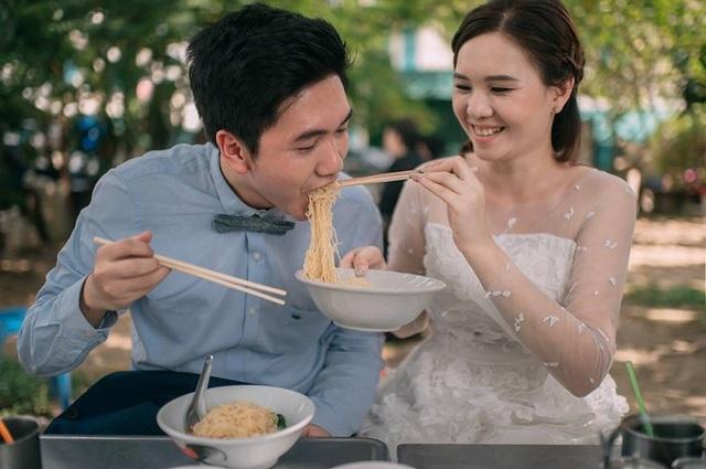 """Hài hước bộ ảnh cưới """"mê ẩm thực"""" của cặp đôi Thái Lan - 15"""