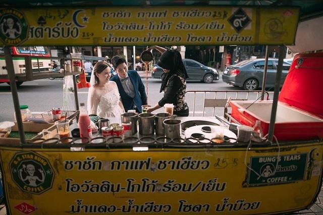 """Hài hước bộ ảnh cưới """"mê ẩm thực"""" của cặp đôi Thái Lan - 16"""