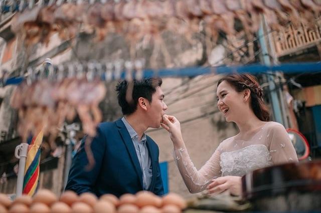 """Hài hước bộ ảnh cưới """"mê ẩm thực"""" của cặp đôi Thái Lan - 20"""