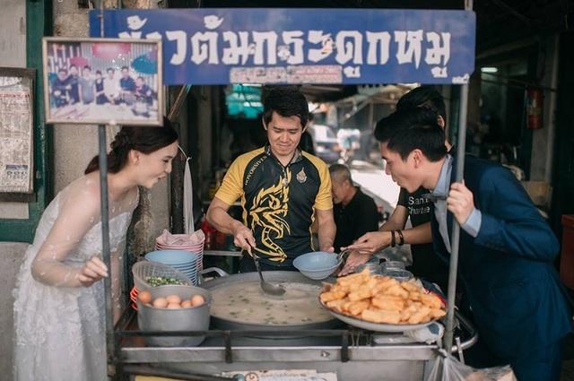 """Hài hước bộ ảnh cưới """"mê ẩm thực"""" của cặp đôi Thái Lan - 6"""