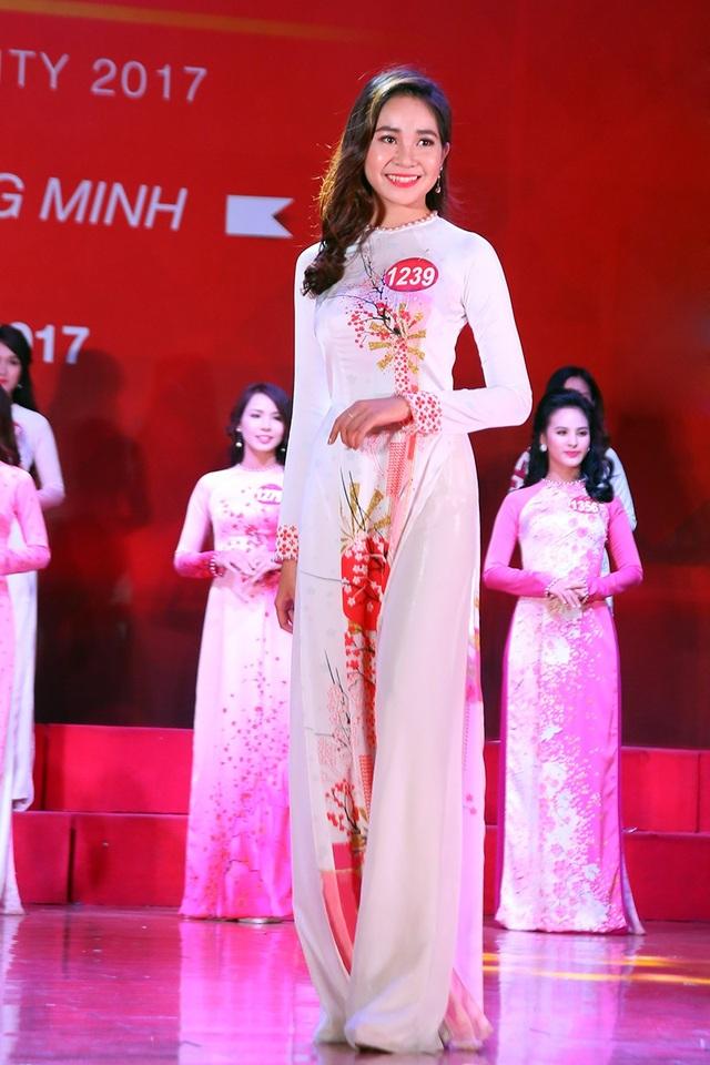 Nguyễn Ngọc Mai Linh đến từ Học viện Báo chí và Tuyên truyền