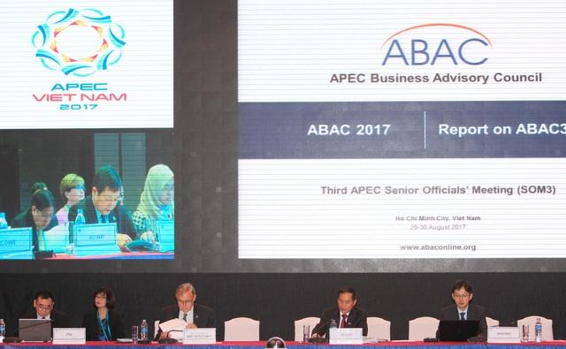 Hội nghị lần 3 các quan chức cấp cao APEC (SOM 3) và các cuộc họp liên quan tại thành phố Hồ Chí Minh từ ngày 18-30/8.