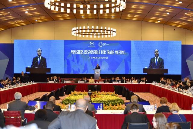 Thủ tướng Nguyễn Xuân Phúc phát biểu tại Hội nghị các bộ trưởng phụ trách thương mại lần thứ 23 (MRT23) diễn ra tại Hà Nội từ ngày 20-21/5.