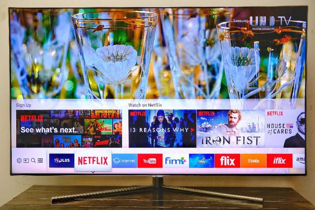 Kho ứng dụng đa dạng được sắp xếp tiện lợi trênSmart TV của Samsung
