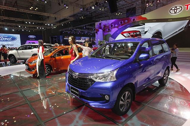 Nên xem gì tại gian hàng Toyota tại Triển lãm ô tô Việt Nam 2017? - 11