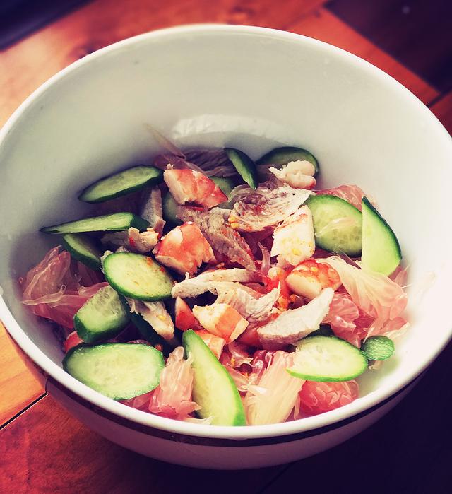 Khai vị với món salad tôm bưởi chua ngọt cực kỳ thanh mát - 1