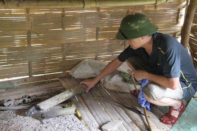 Lán trại nhà anh Thọ - nơi xảy ra thảm án giúp lực lượng cảnh sát điều tra truy tìm manh mối tang vật.