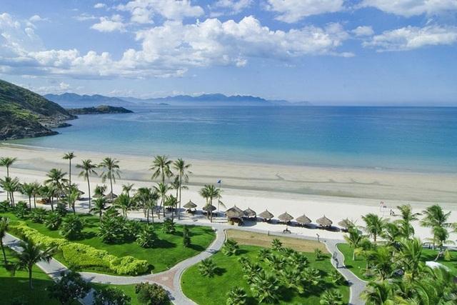 Bãi biển đẹp là điểm nhấn cho du lịch Nha Trang