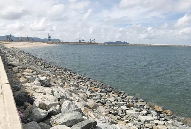 Khu vực lấn biển để làm bãi xỉ của Formosa Hà Tĩnh (Ảnh: Tiền Phong)