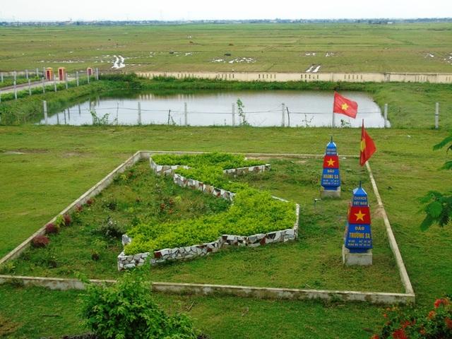 Mô hình bản đồ Việt Nam với Quần đảo Hoàng Sa, Trường Sa tại Trường tiểu học Mỹ Trạch