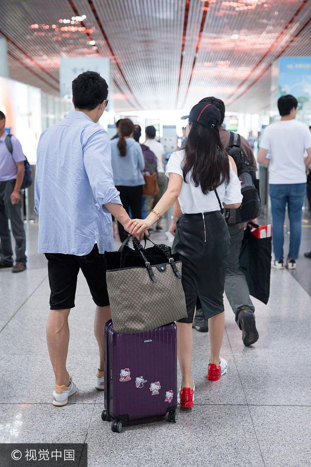 Kể từ khi công khai mối quan hệ, Lý Băng Băng và Hứa Văn Nam thường xuyên đi du lịch với nhau.
