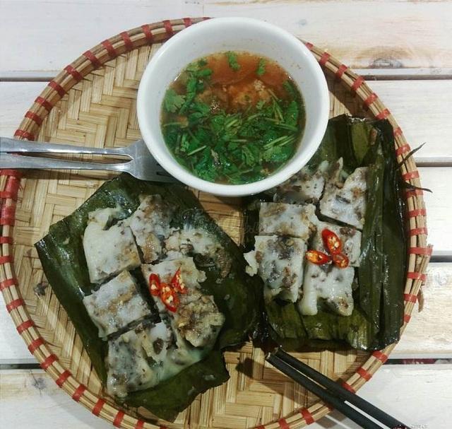 Ăn bánh bèo Hải Phòng, người ta thường có chút liên tưởng tới hương vị chiếc bánh giò Hà Nội nhưng bánh bèo Hải Phòng ngậy hơn, ngon hơn.