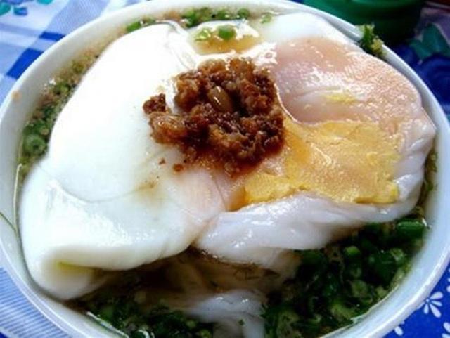 Sẽ là thiếu sót nếu đến Lạng Sơn mà chưa thưởng thức qua món bánh này.