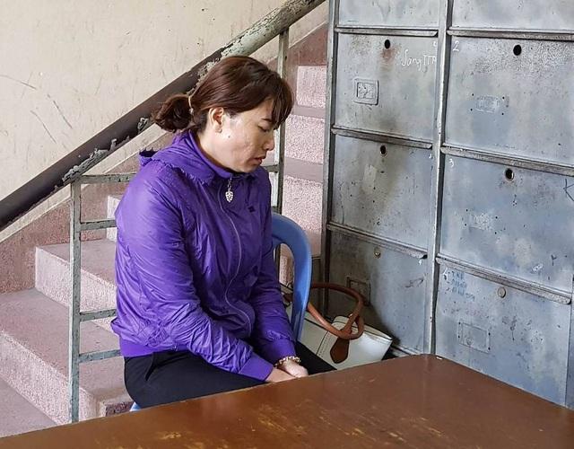 Bà Phạm Thị Mỹ Linh tại cơ quan công an sáng nay