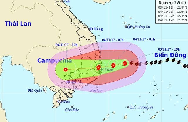 Vị trí và hướng di chuyển của bão số 12 (Ảnh: NCHMF).
