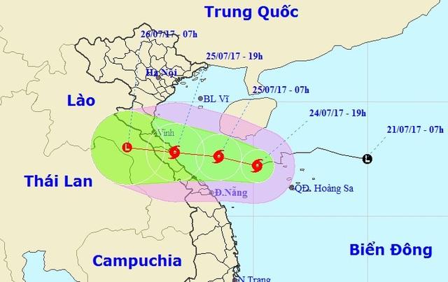 Vị trí và hướng di chuyển của bão số 4 (Ảnh: NCHMF).