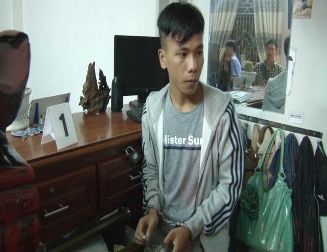 Đối tượng Nguyễn Bảo Toàn bị bắt sau khi trộm tài sản của chủ nhà nghỉ rồi bỏ trốn