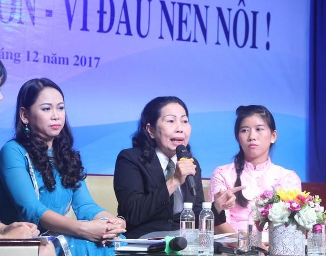 Luật sư Trần Thị Ngọc Nữ cho biết Hội Bảo vệ Quyền trẻ em TPHCM sẽ đề xuất tình tiết tăng nặng là dùng hung khí hăm dọa, bạo hành trẻ em trong vụ Mầm Xanh.