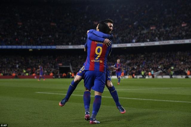 Barcelona đang sống bằng hơi thở của cặp siêu sao Lionel Messi-Luis Suarez
