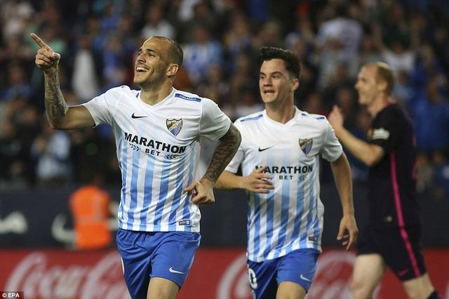 Sandro Ramirez ăn mừng bàn thắng vào lưới đội bóng cũ ở phút 32