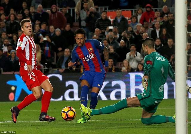 Neymar nâng tỷ số lên 5-1, trước khi Rakitic khép lại chiến thắng 6-1 ở cuối trận