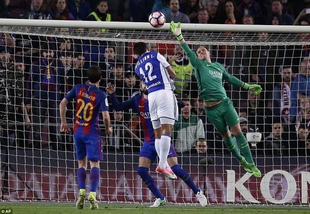 Sociedad liên tục ghi bàn khiến trận đấu trở nên đầy hấp dẫn