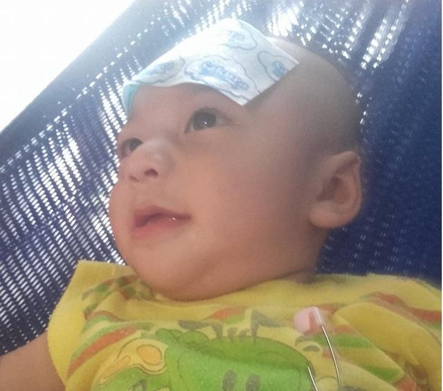 Từ khi mới sinh, Gia Bảo thường xuyên trở bệnh nặng