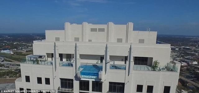 """Bơi """"giữa không trung"""" với bể bơi vô cực nằm trên tòa cao ốc 42 tầng - 6"""