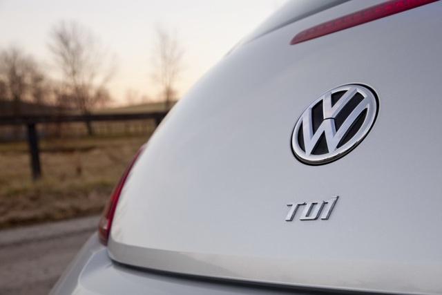 Interpol truy tìm 5 cựu lãnh đạo Volkswagen - 1