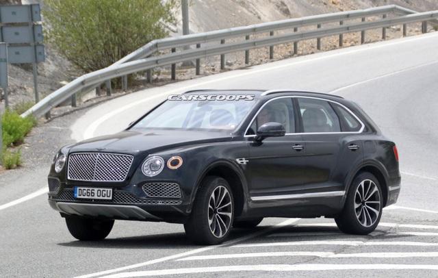Bentayga sẽ là xe hybrid đầu tiên của Bentley - 1