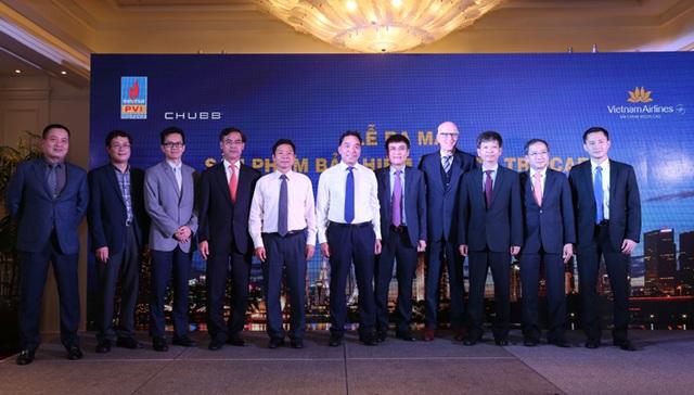 Đại diện Vietnam Airlines, Bảo hiểm PVI và Chubb kích hoạt sản phẩm Bảo hiểm Du lịch TripCARE
