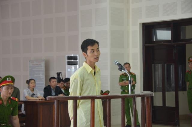 Bị cáo Feng Long Chun tại phiên tòa