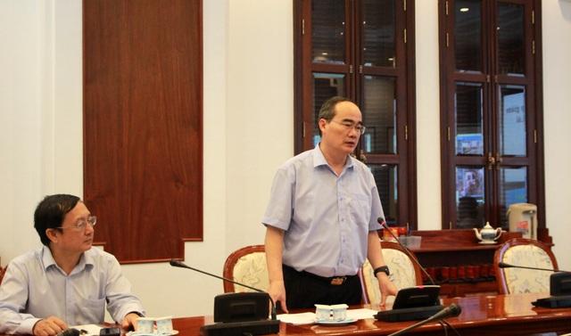 Bí thư Nguyễn Thiện Nhân đặt hàng ứng dụng giải pháp thông minh giải quyết ùn tắc giao thông cho khu vực cảng Cát Lái