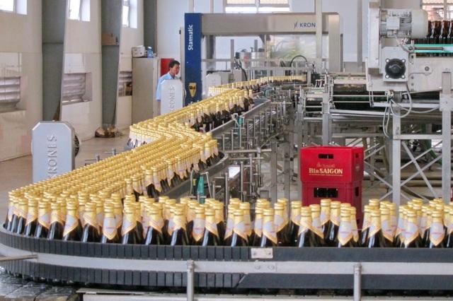 Dây chuyền sản xuất bia Sài Gòn luôn đảm bảo nghiêm ngặt, an toàn vệ sinh