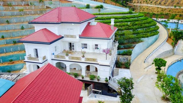 """Hình ảnh khu dinh thự """"siêu khủng"""" của Giám đốc Sở ở Yên Bái - 9"""