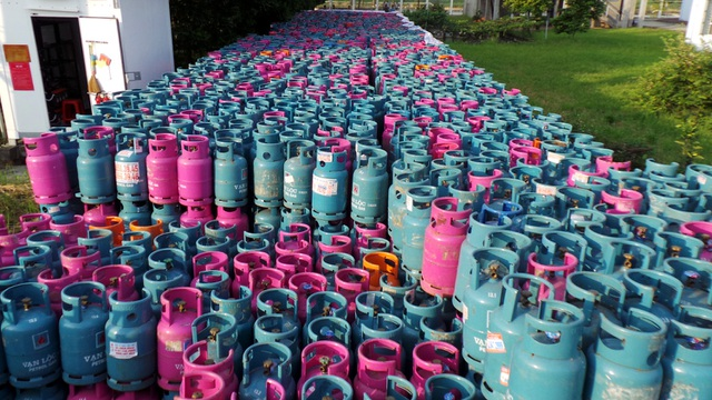 Phát hoảng trước 23.000 vỏ bình gas nghi bị chiếm giữ trái phép - 2