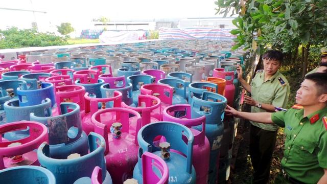 Phát hoảng trước 23.000 vỏ bình gas nghi bị chiếm giữ trái phép - 5