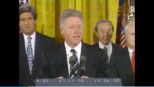 Ngày 11/7/1995 ( tức ngày 12/7/1995, theo giờ Việt Nam), Tổng thống Bill Clinton tuyên bố Việt Nam và Hoa Kỳ chính thức bình thường hóa quan hệ. Từ đây, lịch sử hai quốc gia mở ra một chương mới. Với những hậu quả chiến tranh còn nặng nề sau khi chiến tranh kết thúc vào năm 1975, sự kiện này đã gây bất ngờ trên thế giới.